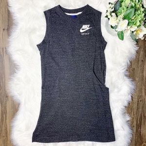 • Nike Sweatshirt Sleeveless Dress Vintage •